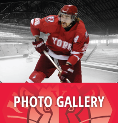 Photo Gallery - M Hockey